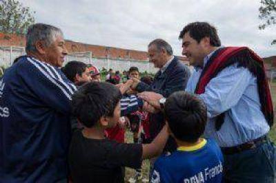 El ex árbitro Javier Castrilli llegó a Salta para apoyar a los candidatos del PRO