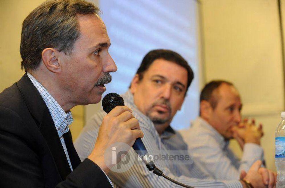 """Arteaga presentó sus propuestas en materia educativa: """"Es el pilar de la sociedad"""""""