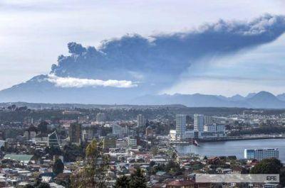 El Calbuco disminuye su actividad, pero no descartan otra erupción