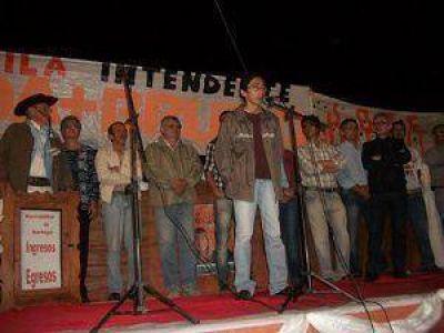 Machagai: Di Núbila lanzó oficialmente su formula