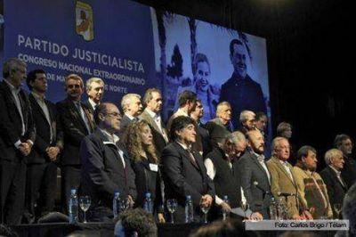 Insfran presidio Congreso del PJ que autorizo conformación del Frente para las PASO y las elecciones de octubre