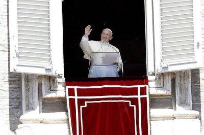 El Papa Francisco felicita a todas las madres, en su día