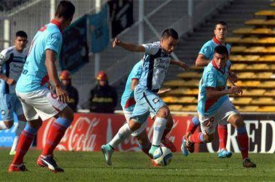 Belgrano venció como local a Arsenal y se mantiene en la lucha por los primeros puestos