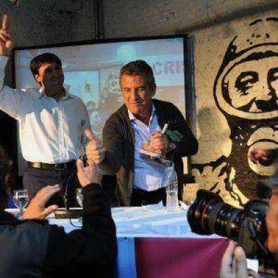 """Urribarri dijo que el FpV debería llegar a las PASO con """"tres precandidatos presidenciales"""""""