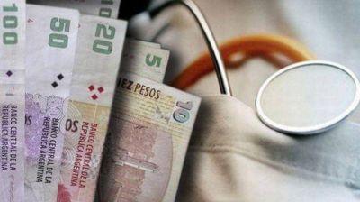 El Gobierno analiza autorizar un aumento a las prepagas