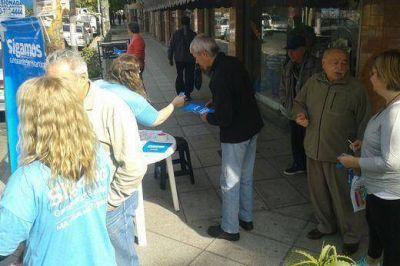 El Frente Renovador de San Mart�n present� propuestas en distintos barrios