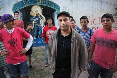 Curas villeros: en la cruzada por recuperar a los adictos