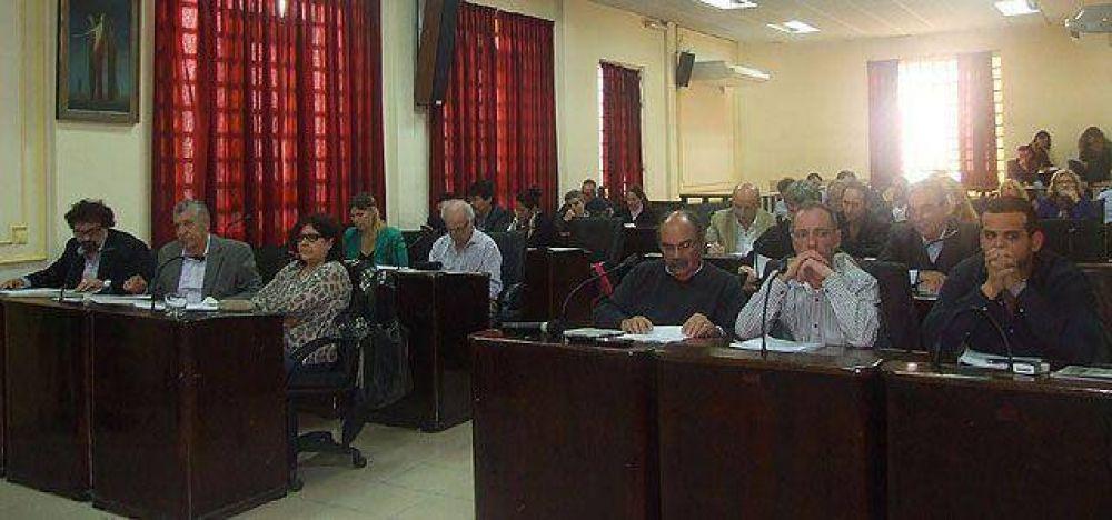 El oficialismo logró aprobar cambios en el organigrama