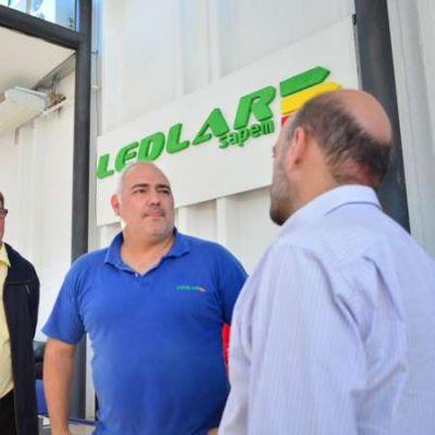 Casas inauguró en Nacate servicio de telefonía e internet