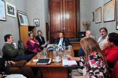 Obras hidr�ulicas: Comisi�n Bicameral entreg� informe a integrantes de asambleas de inundados