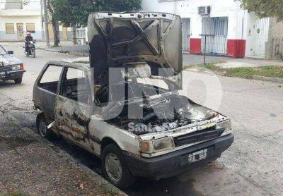 Detuvieron a un joven por la quema de los autos en diferentes barrios de la ciudad