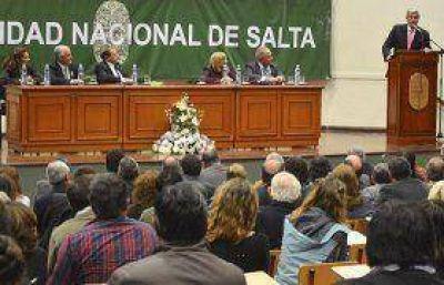 Comenz� el dictado de la Carrera de Medicina en la Universidad Nacional de Salta