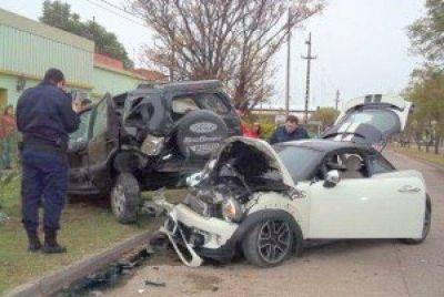Violento choque en Maria Grande