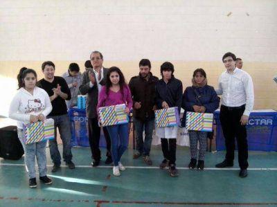 La Anses entregó 101 Netbooks al Colegio Secundario Nº 36