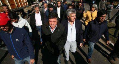Mariotto apuesta a llenar los palcos para presionar a los senadores y expropiar el predio de Abasto
