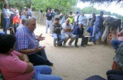 El diputado Ventimiglia y el concejal de Laguna Yema se reunieron con productores ganaderos de El Quemado y El Cañón