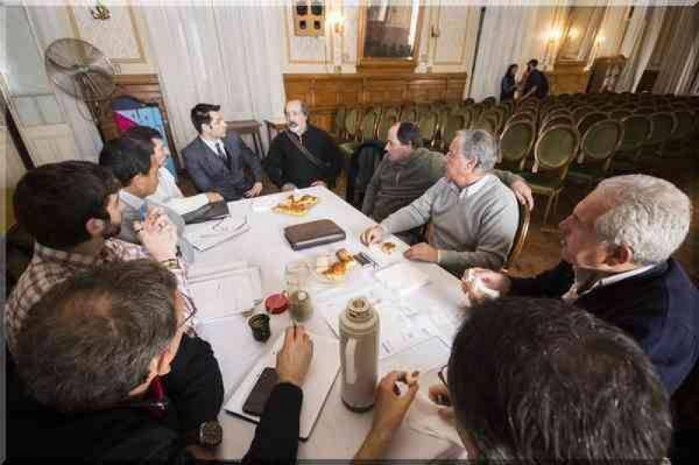Funcionarios municipales se reunieron con representantes de la UTN