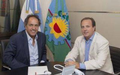 Coll Areco: El candidato de Scioli en San Miguel que canta por YouTube