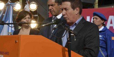 EL GOBERNADOR DANIEL SCIOLI Y EL INTENDENTE DARÍO DÍAZ PÉREZ, PUSIERON EN FUNCIONES A LOS PRIMEROS EGRESADOS DE LA POLICÍA LOCAL