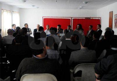 Traumat�logos: sigue el conflicto y podr�a extenderse hasta Rosario
