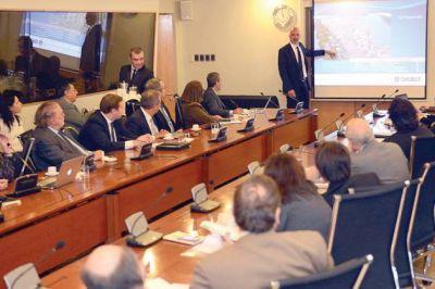 """""""El ferrocarril transpatagónico modificará la matriz económica de toda la región"""", dijo Buzzi"""