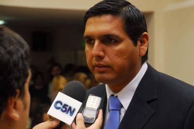 """El ministro Aredes dijo que no hubo """"reducción"""" del Fondo de Financiamiento Educativo a los municipios"""