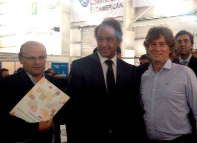 El Gobernador Scioli firmó la disposición para el proyecto del Parque industrial