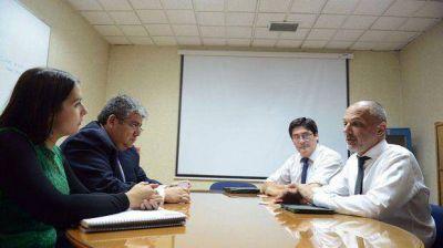 Buzzi firma hoy con Bachelet la extensión contractual a Enap
