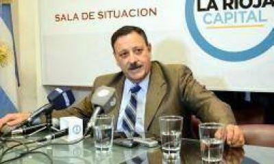 Quintela le marcó la cancha a sus precandidatos en Capital