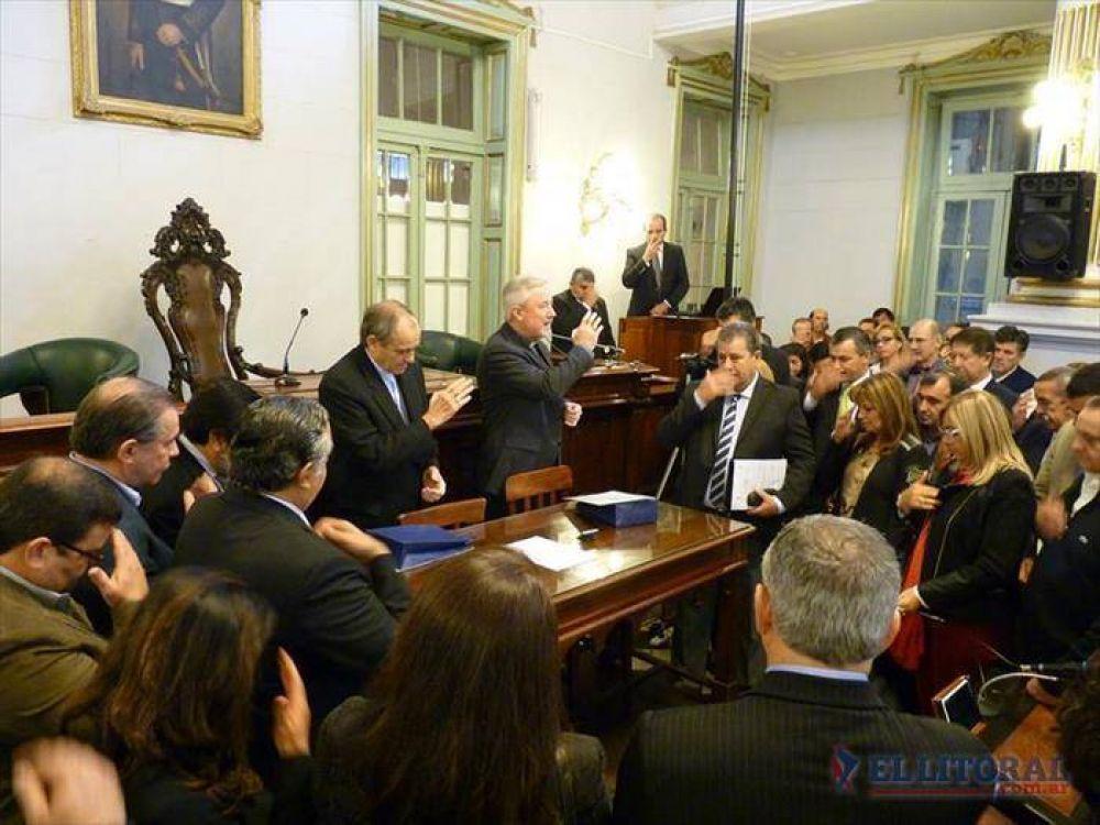 Mons. Casaretto pidió más diálogo a los diputados correntinos