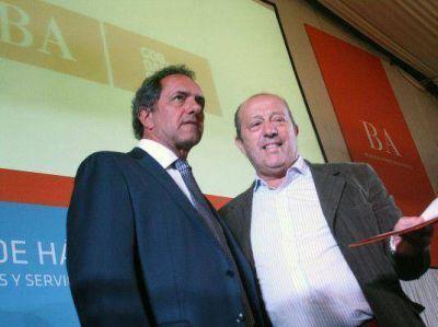 Paredi firmó con Scioli convenio para obras de infraestructura social