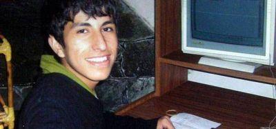 Condenaron a 10 años de prisión a un ex policía por torturar a Luciano Arruga