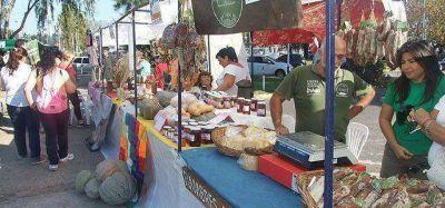 Se realizó la tercera Feria Soberana en la UNLZ