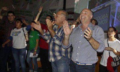 Principales fuerzas presentaron la lista de candidatos para las elecciones