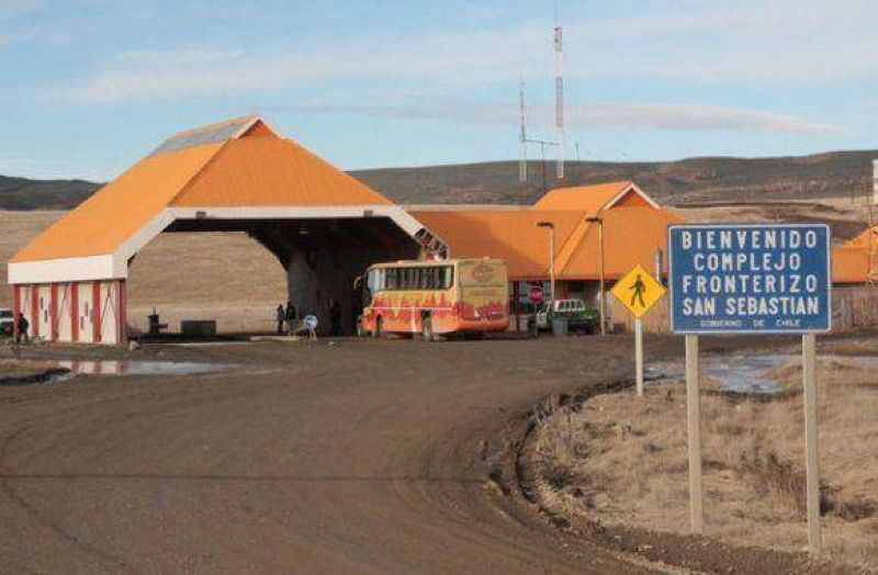 Paro de aduaneros chilenos afectará cruces de frontera fueguinos