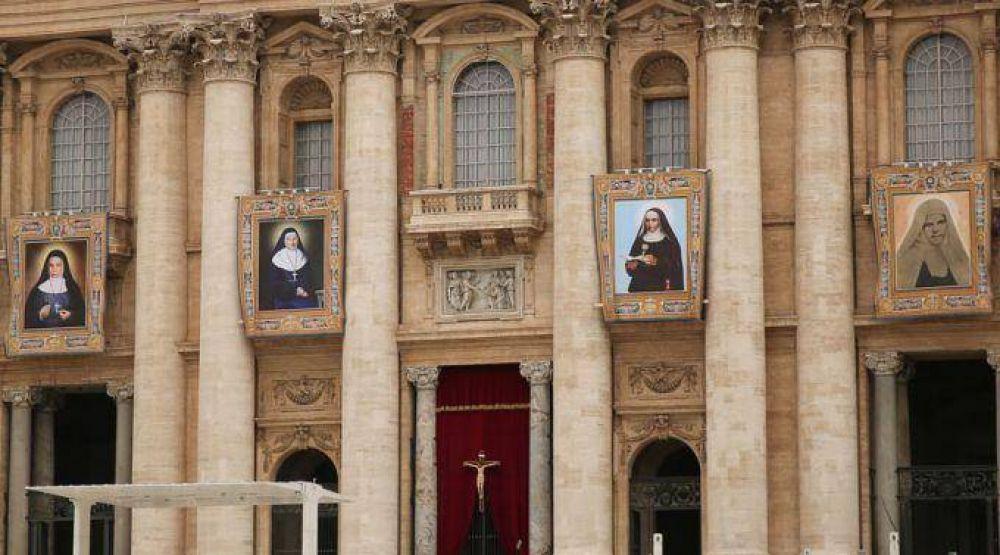 El Papa Francisco canoniza a cuatro religiosas y explica cuál es el secreto de los santos