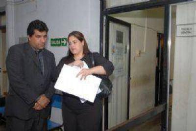 Denuncian penalmente a funcionarios de Educación