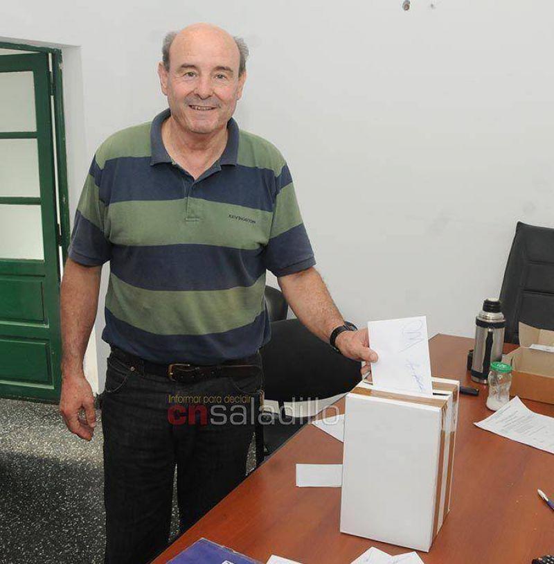 Se desarrollan las elecciones en el Sindicato de Luz y Fuerza Saladillo seccional Mercedes