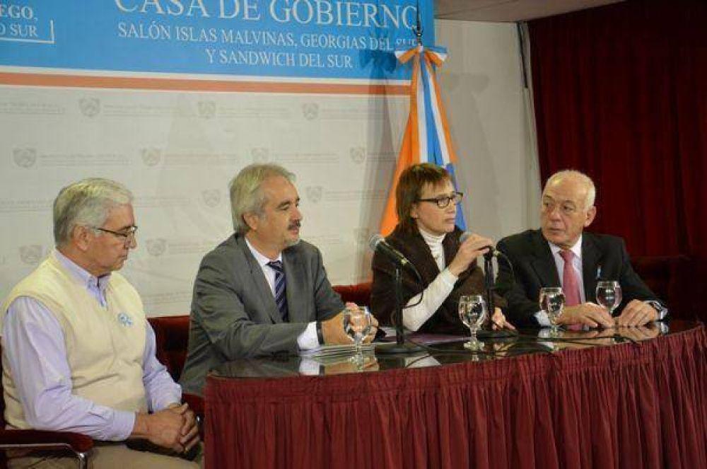 Ríos anunció la construcción de 285 soluciones habitacionales en la provincia