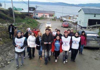 Ayala lleva su propuesta legislativa a los vecinos de Ushuaia