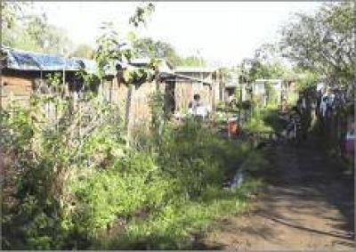 Madre de seis hijos reclama que el IProDHa le otorgue una vivienda digna