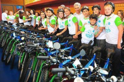 TuBi: entregan la bici N° 30.000 en La Punta