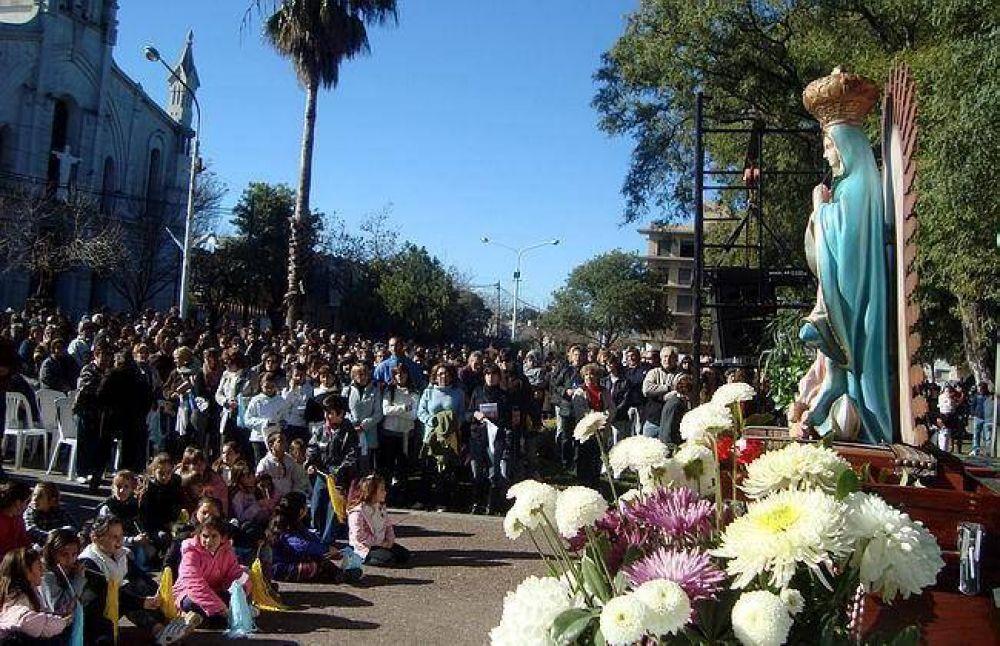 Mons. Luis Fernández recordó la necesidad de guardar, cuidar y encauzar la piedad popular