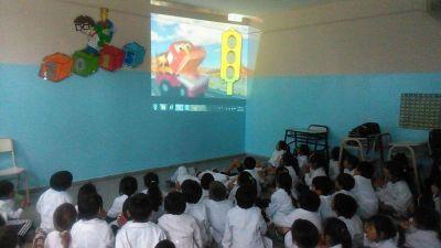 Charlas de sensibilización vial en los colegios de la ciudad