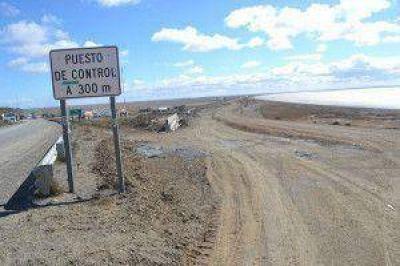 Analizan implementar protocolo de emergencia ante una medida de fuerza en la Aduana chilena