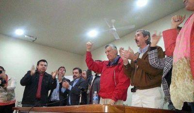 Se presenta el FpV con el regreso de Emilio Mendoza