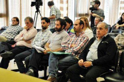 Precandidatos a intendente de La Plata compartieron una jornada de debate sobre adicciones