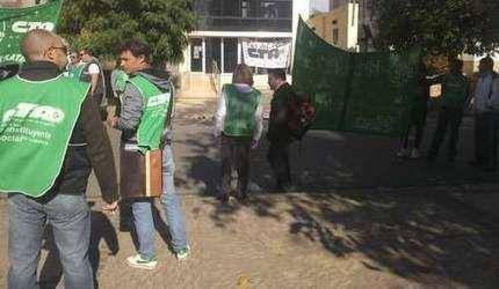 Municipales ratificaron el paro y comienzan las protestas