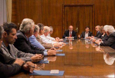 El Gobierno logró destrabar las paritarias de cuatro gremios clave