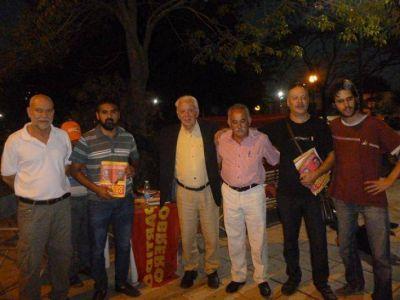 Jorge Altamira del Partido Obrero visit� S�enz Pe�a para apoyar a sus candidatos en la ciudad